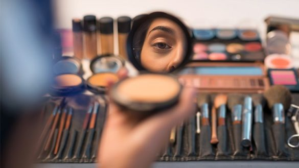 Einfaches Make-up für mehr Schönheit